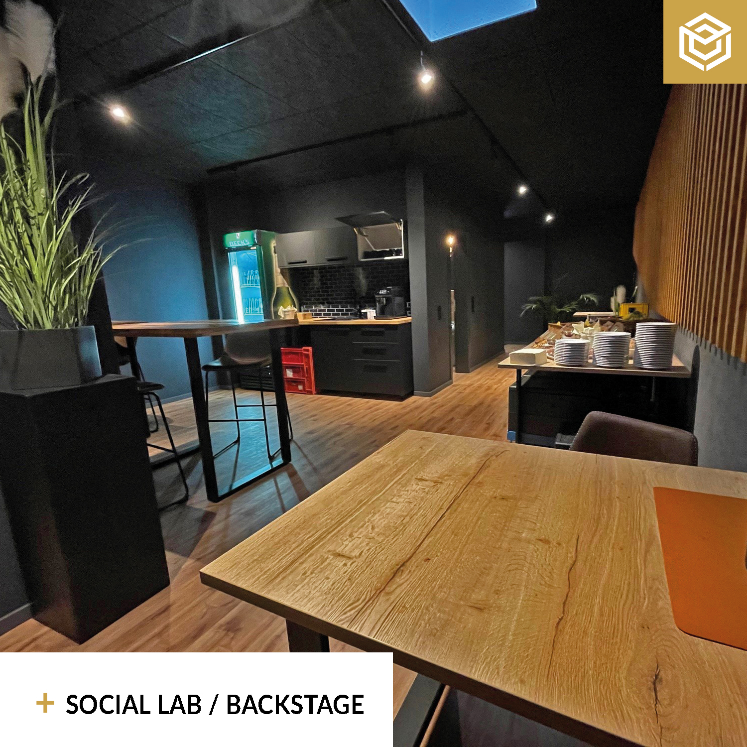 Social Lab Backstage
